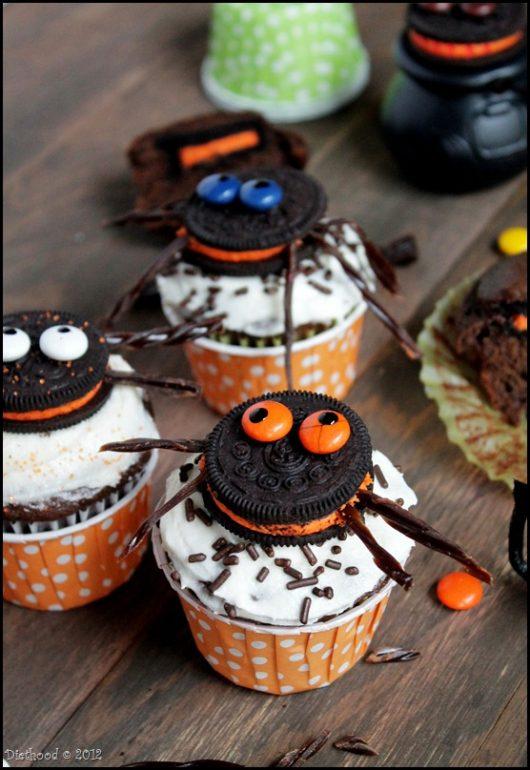 spider-oreo-cupcakes