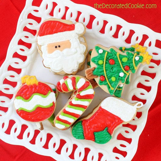 step-by-step guide to decorating Christmas cookies