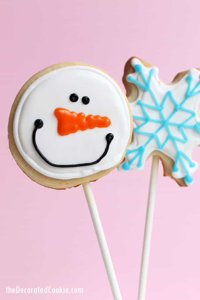 SNOWFLAKE AND SNOWMAN COOKIES: How to decorate cookies for winter and Christmas with cut-out sugar cookies and royal icing.