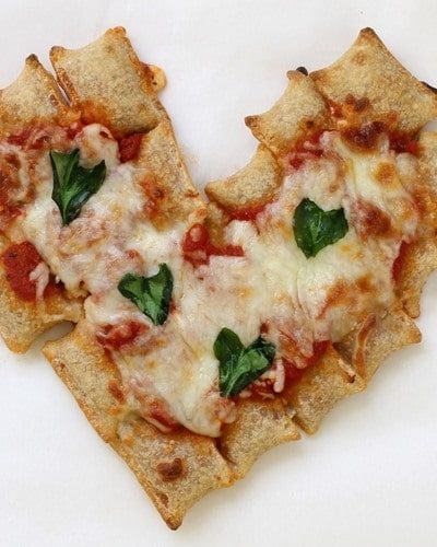 pull-apart heart pizza