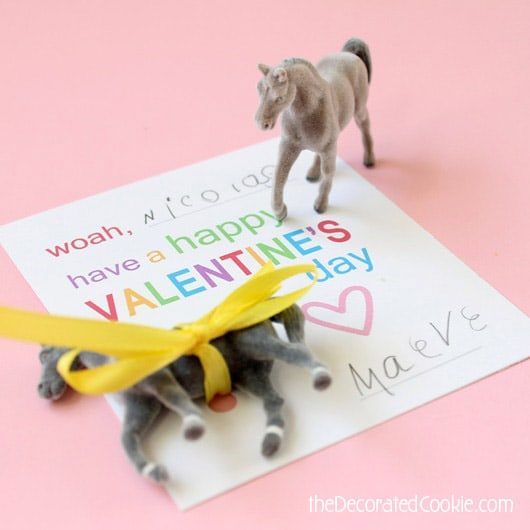 horse lovers Valentine's Day cards for the kids AND a free printable