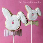 bow tie bunny cookie pops
