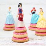 pedestal princess cookies