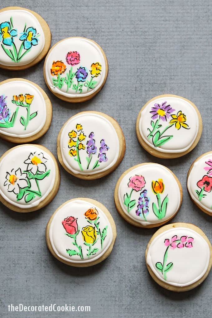 MOTHER'S DAY FLOWER COOKIES Spring flowers drawn on decorated cookies with food writers. How to decorate flower cookies with food pens.