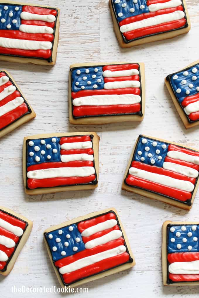 bd39c1909e8c 4th of July cookies  Decorate American flag cookies.