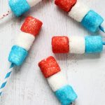 4th of July desserts: red, white, and blue marshmallow pops!
