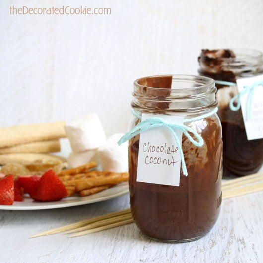 how to make chocolate coconut fondue to go (in minutes!)