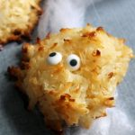 2 ingredient macaroon monsters for Halloween