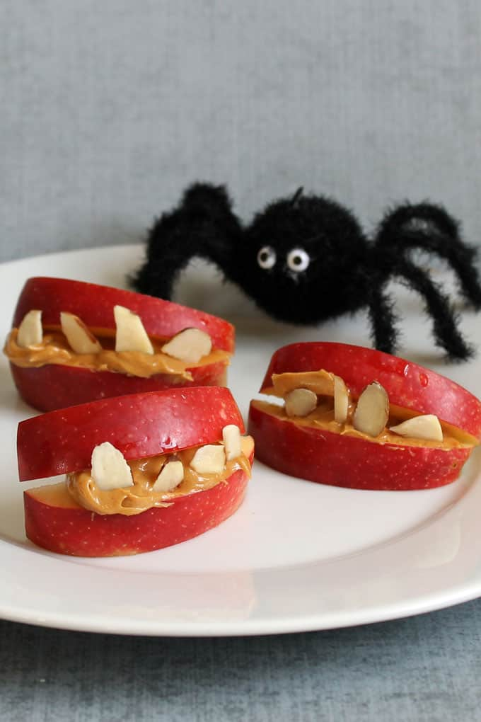 Healthy Halloween treats and snacks: Apple monster bites