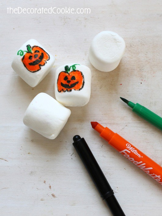 Jack O' Lantern marshmallows for Halloween
