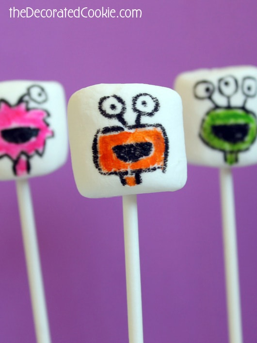 monster marshmallow pops for Halloween