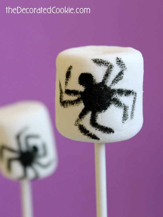 spider marshmallows for Halloween