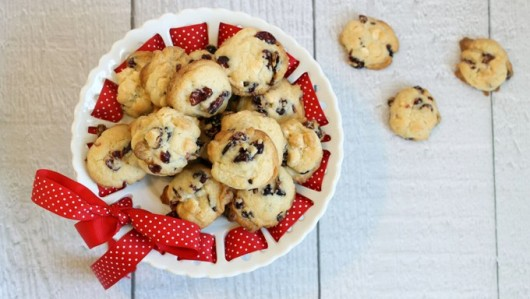 white chocolate cranberry cookies, the easiest baking you'll do this Christmas season
