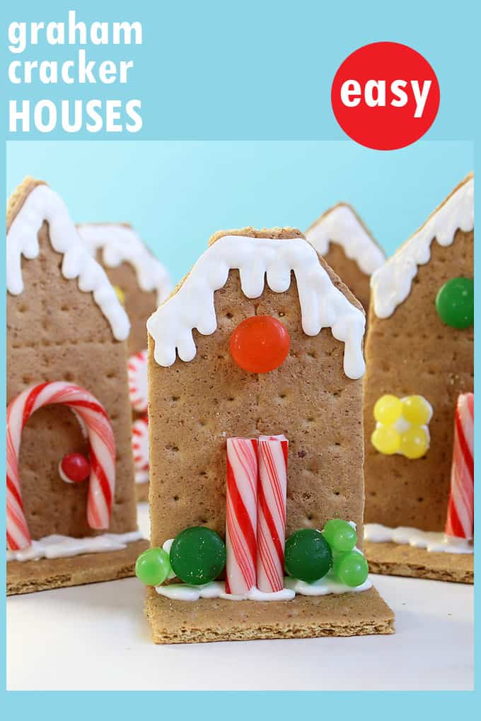Easy, kid-friendly shortcut GRAHAM CRACKER HOUSES for Christmas. A quick, simple alternative to decorating a gingerbread house.  #grahamcrackerhouse #christmas #gingerbreadhouse