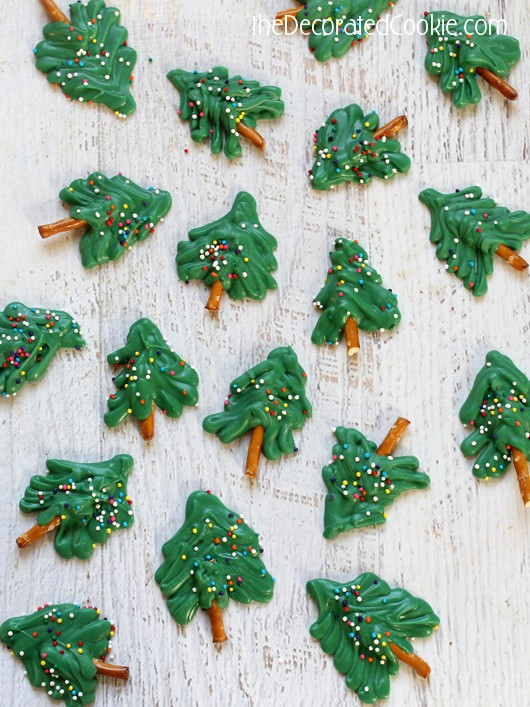 how to make mini chocolate Christmas trees
