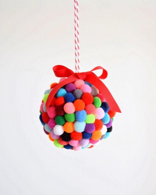 pompom-ornament