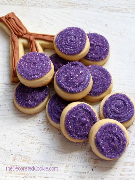 grapes cookies to serve with wine