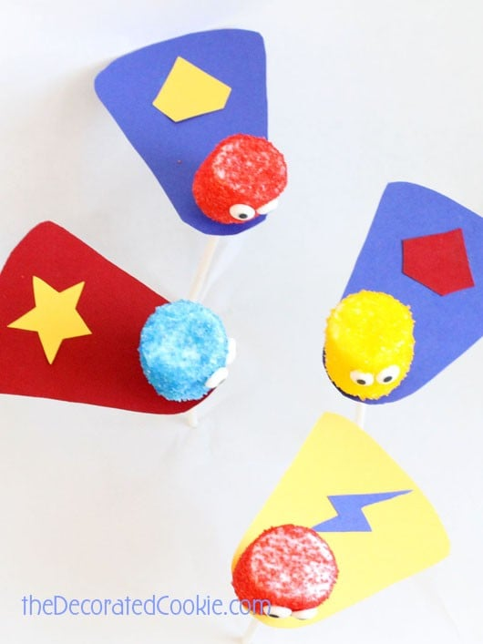 superhero marshmallow pops