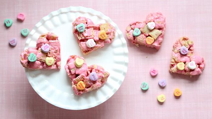 Heart-Shaped Vanilla Chex Treats