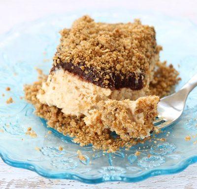 peanut butter frozen crunch cake