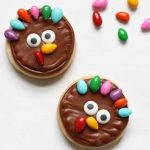 simple turkey cookies for Thanksgiving dessert