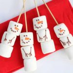 DIY marshmallow snowman stirrers from the Williams-Sonoma catalog -- a copycat version of the store-bought Christmas treat, but budget-friendly. #marshmallowsnowman