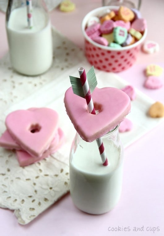 cookies-and-cups-valentines-glass-cookies
