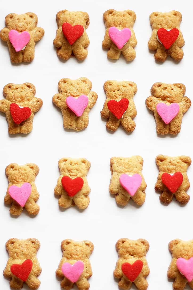 Valentine's Day teddy grahams