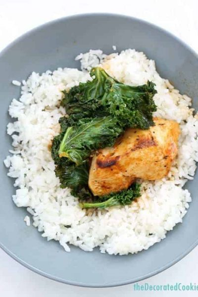 easy dinner: chicken and kale in white wine and herbs