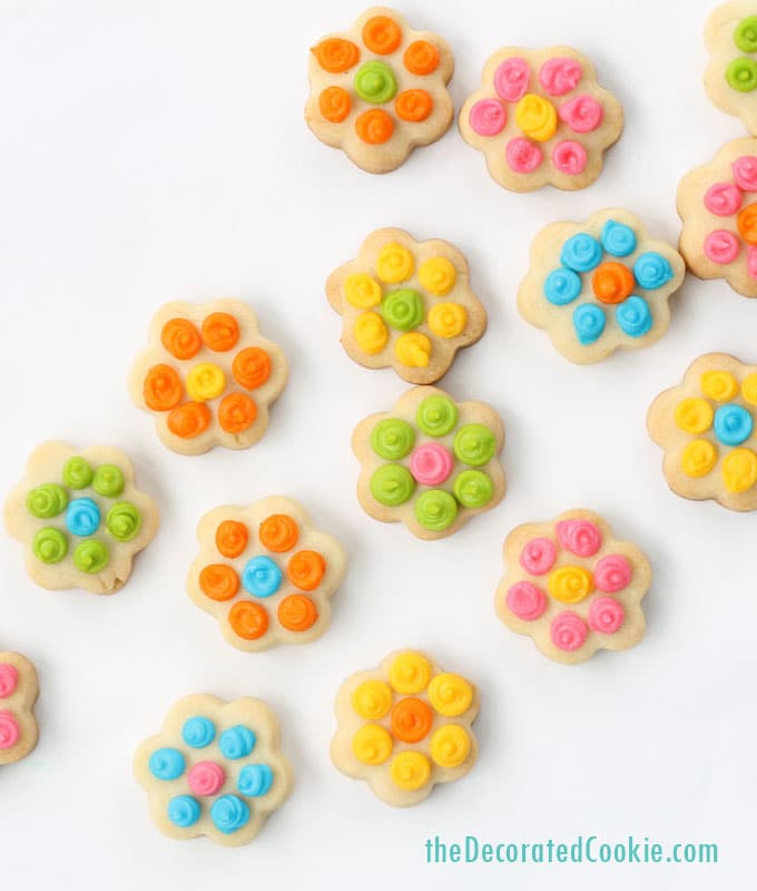 EASY flower cookies: Daisy cookie bites