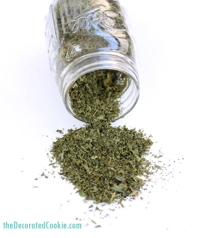 Homemade kale powder