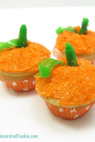 mini pumpkin cupcakes for Fall or Thanksgiving dessert