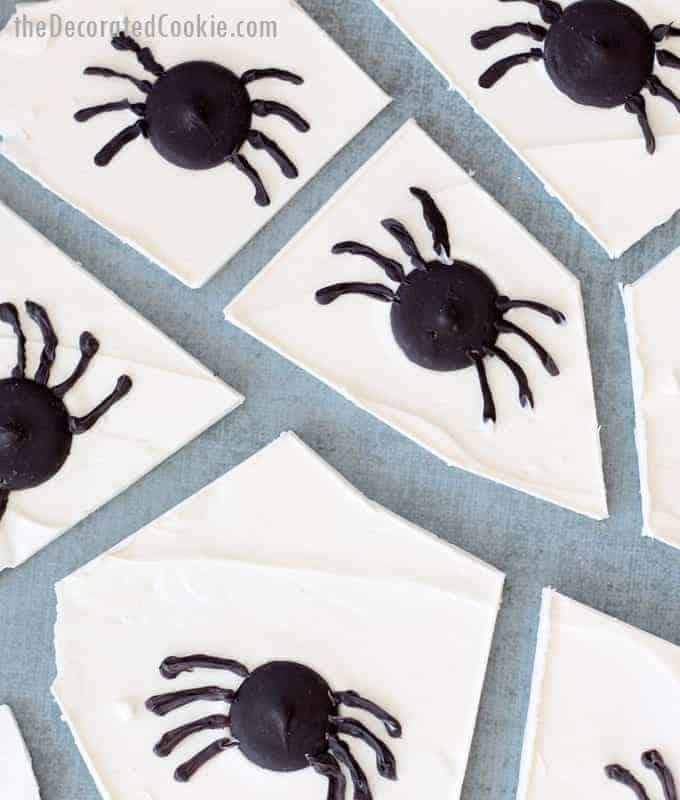 spider chocolate bark for halloween