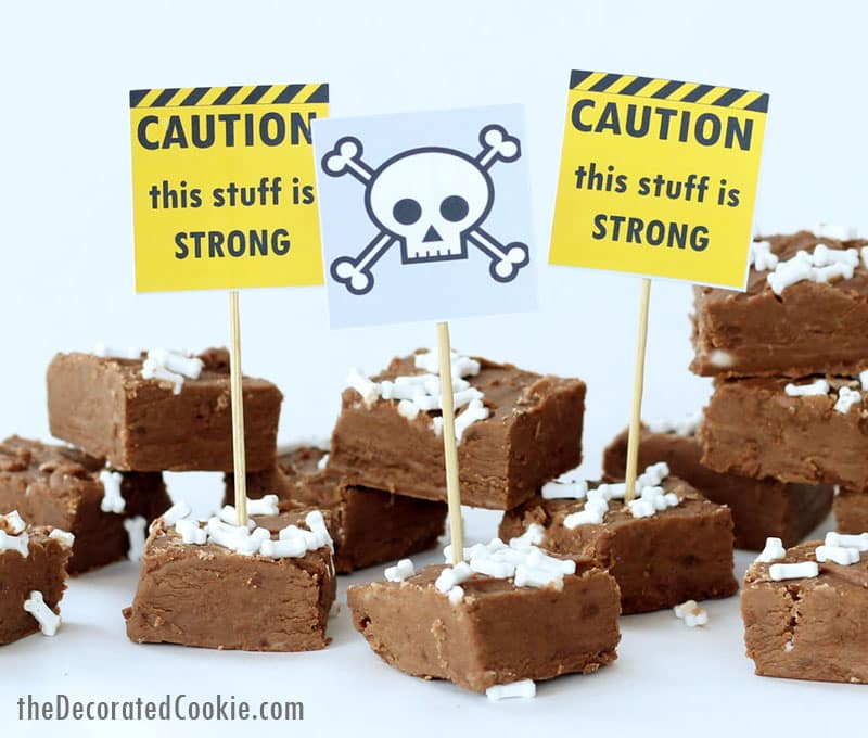 3-ingredient boozy Halloween fudge with free printables