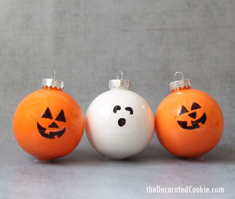 easy Halloween ornaments -- fun Halloween decorations and ...