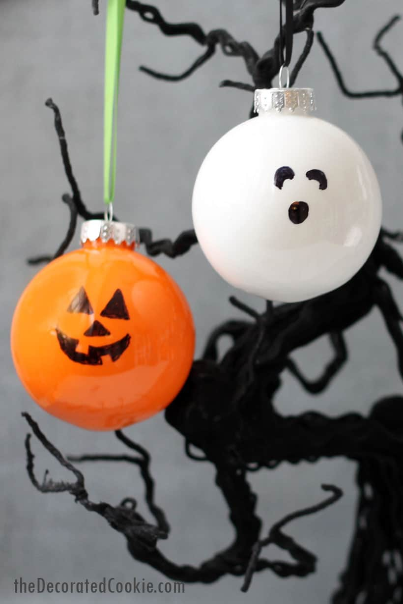 Halloween ornaments craft, Jack o' lantern and ghost.