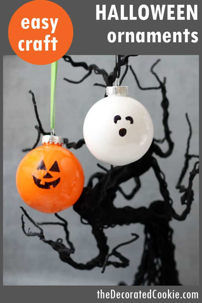 These easy Jack O' Lantern and Ghost Halloween ornaments are a perfect, kid-friendly, last minute Halloween craft and decorating idea.