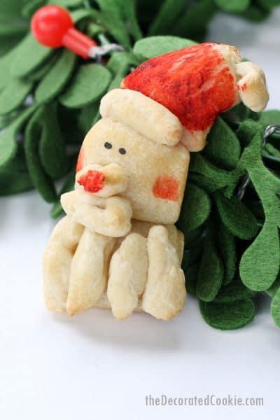 Santa dinner rolls fun food idea for Christmas
