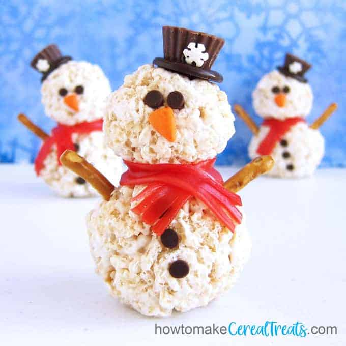 snowman Rice Krispie treats for Christmas and winter
