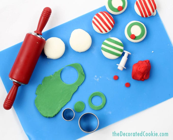 candy clay Christmas Oreos