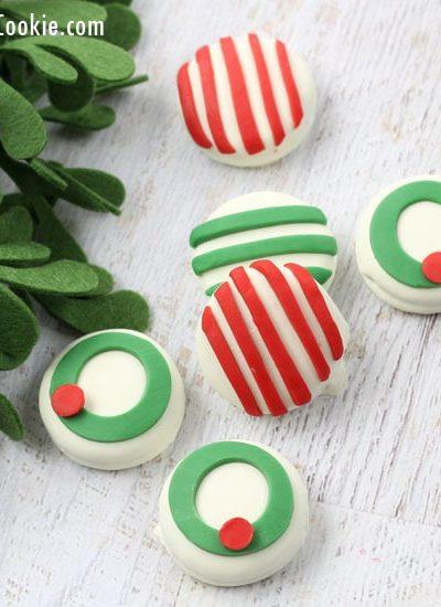 candy clay Christmas Oreos