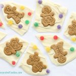 gingerbread man chocolate bark