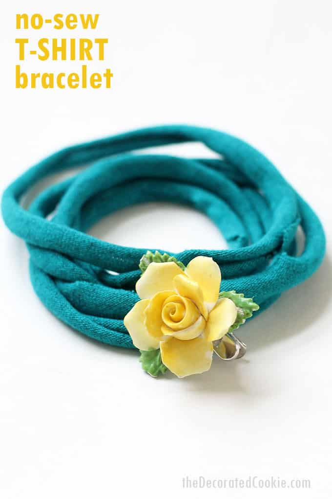no-sew T-SHIRT BRACELET -- This jewelry craft is an easy idea to upcycle old T-shirts. DIY accessories idea, takes minutes to make.