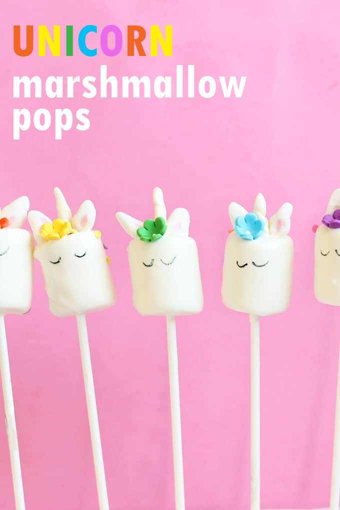 how to make unicorn marshmallow pops, fun unicorn food idea! #unicornfood #marshmallows