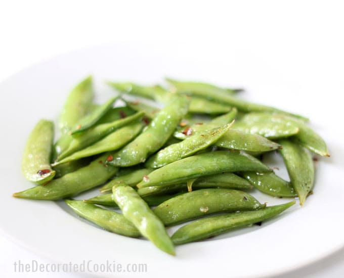 EASY roasted sugar snap peas -- great, quick side dish
