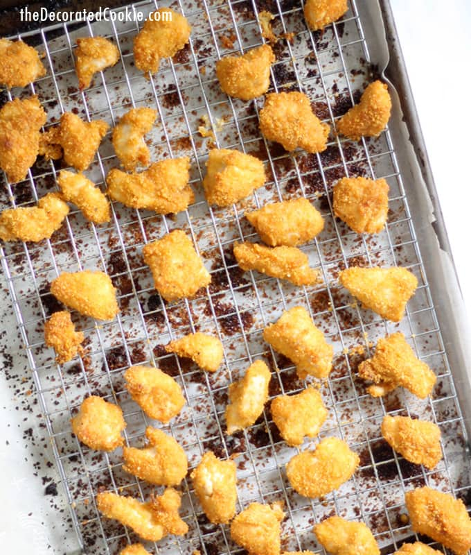 baked popcorn chicken with corn flakes crumbs