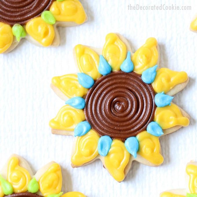 how to decorate sunflower cookies - How To Decorate Cookies