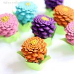 easy pinecone zinneas
