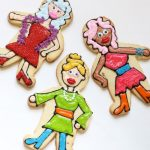 drag queen cookies -- how to decorate cookies -- video how-tos