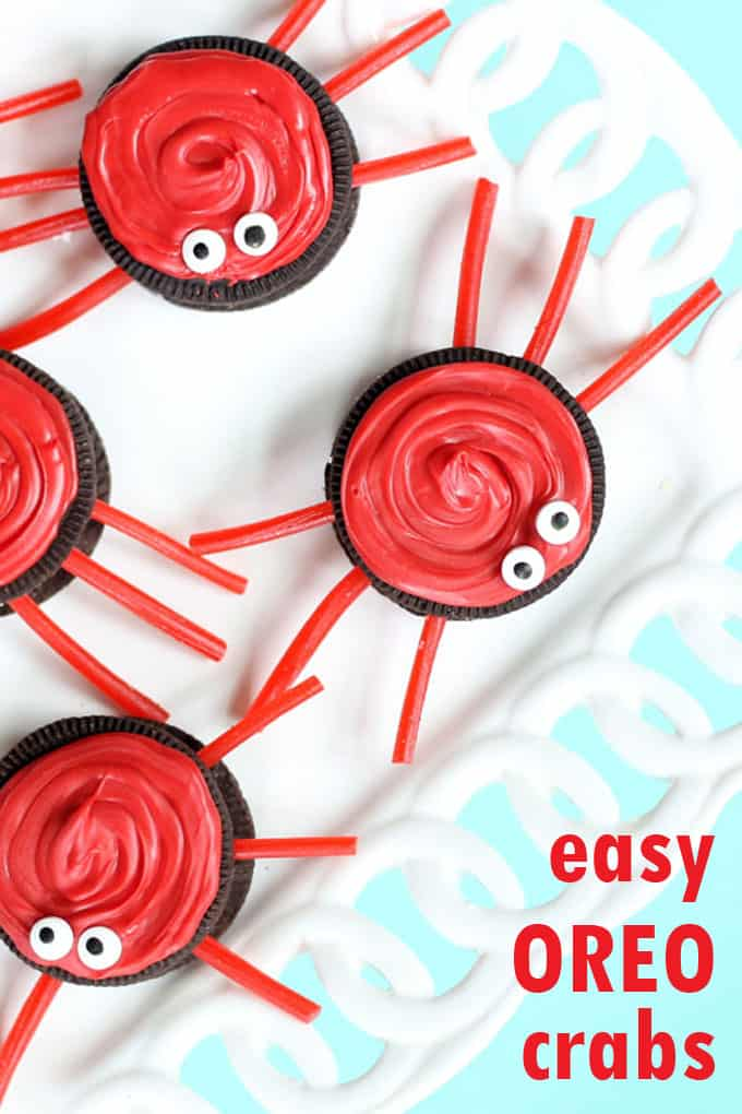 easy OREO crab cookies, a cute summer dessert idea #Oreos #Summer